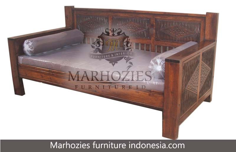 DAYBED UNTHOK 200.80